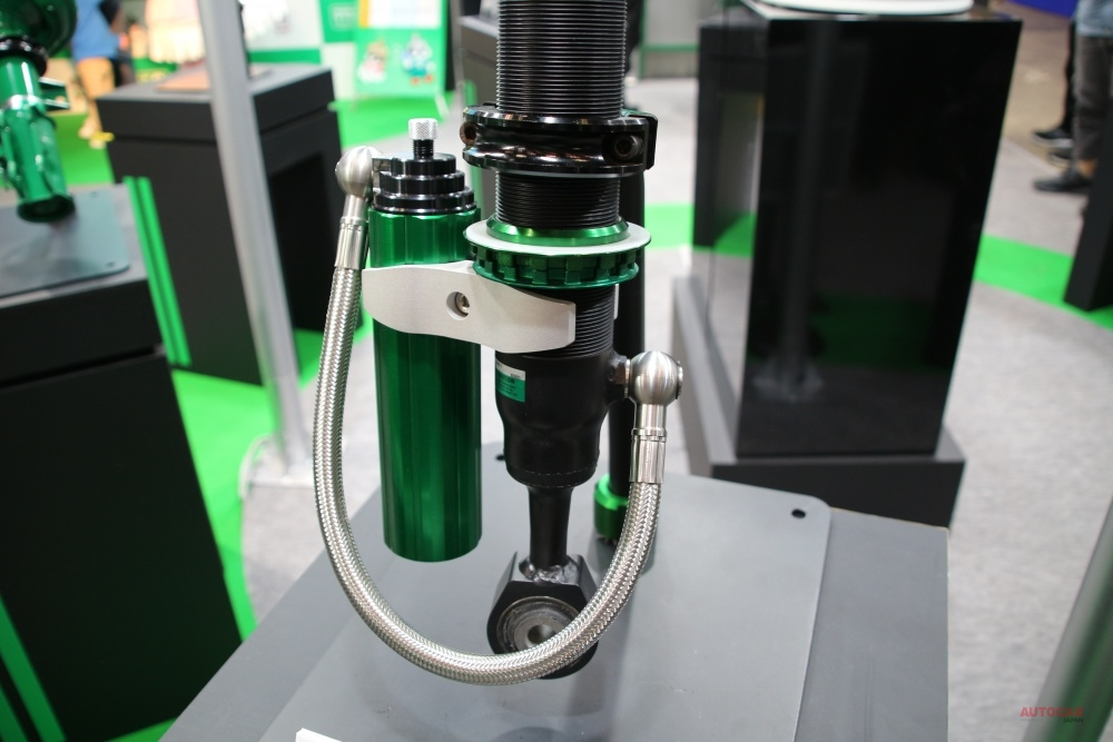 【初公開】TEIN(テイン)ランクル用4x4ダンパー・グラベル ダンパー・エラー・キャンセラーも TAS2020