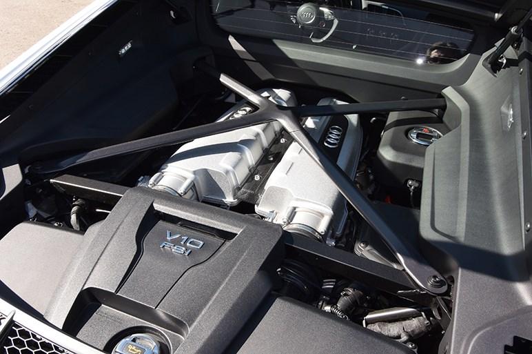 999台限定、アウディR8の2WDモデル「RWS」はクワトロと別モノ