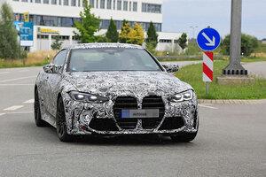 【やっぱり巨大グリル】次期BMW M4をキャッチ 直6で510ps 2020年後半発売へ