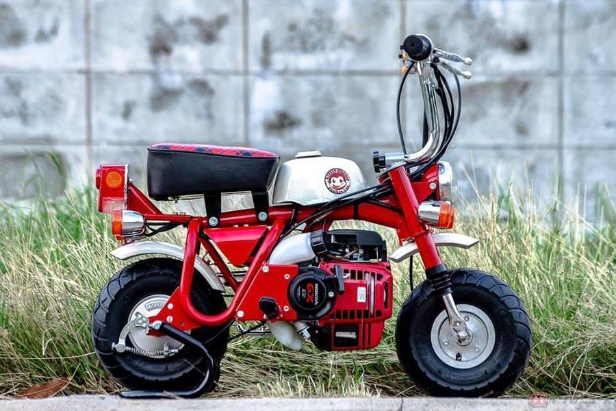 初代モンキーよりさらに小さい「リトルモンキー」 微笑みの国「タイ」で生まれた微笑ましい姿のコンプリートバイク