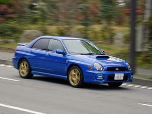 """【懐かしの国産車 02】インプレッサWRX STiの走りは、まさに""""感動的""""と言えるものだった!"""
