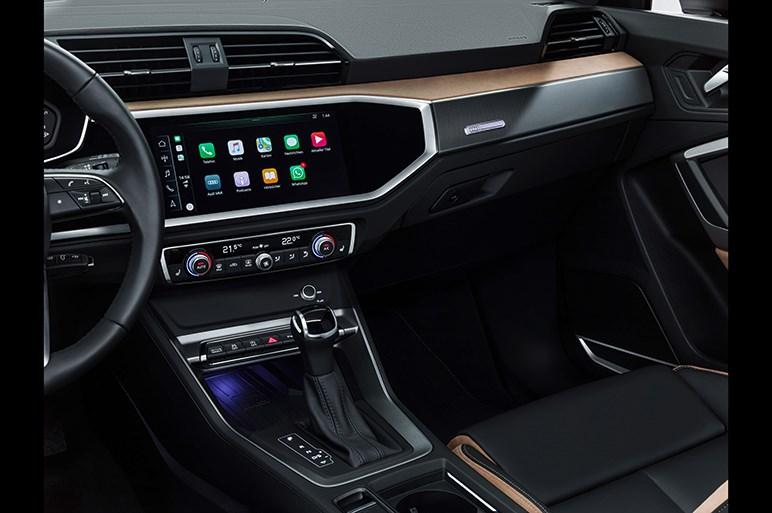 新型アウディ Q3は車両価格3万ユーロ弱から。RS Q3やSQ3も登場しそう
