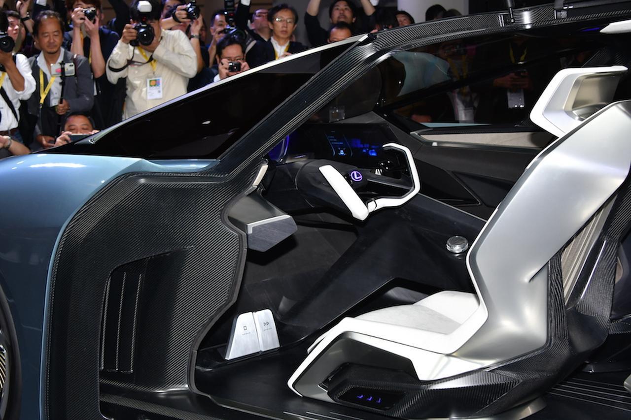【東京モーターショー】EVコンセプト「レクサス LF-30 Electrified」が世界初公開! インホイールモーターで自在の走り