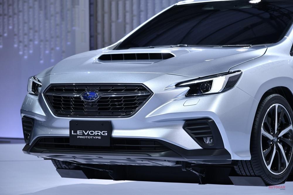 新型スバル・レヴォーグ・プロトタイプ 実車を撮影 スバル「持てる最先端の技術を結集」