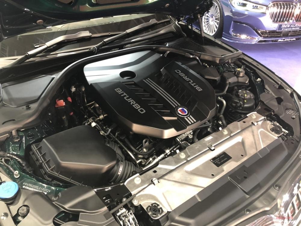 BMWアルピナ B3リムジン・アルラット(Allrad) 日本初公開 最高速度303km/h