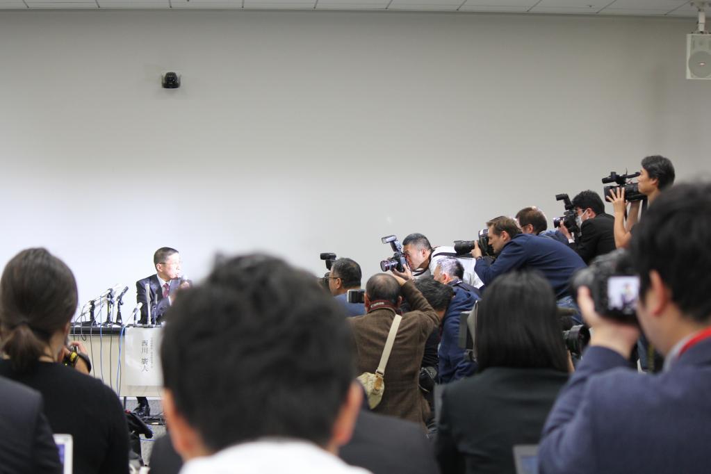 19日、日産自動車のカルロス・ゴーンCEO逮捕、同日22:00に開かれた緊急記者会見