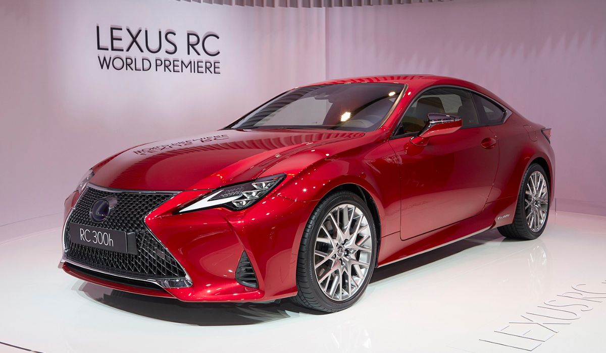 レクサスとトヨタが日本車のショーマンシップを守った!──パリ・オートサロン注目の新車(日本車編)