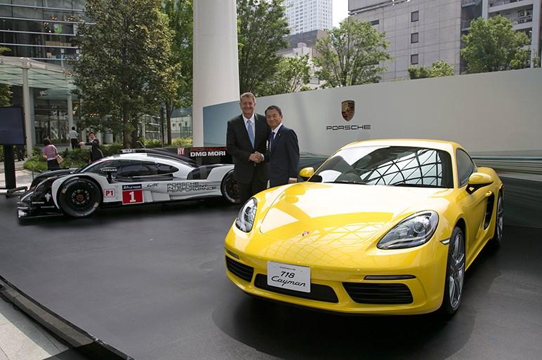 718ケイマンを日本初披露。価格はボクスターより39万円安の設定