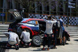 WRC:第3戦メキシコで2台にトラブル出たヒュンダイ「プロチームとしてあってはならない」
