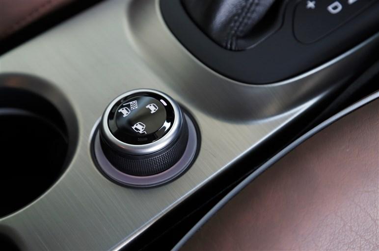 フィアット500Xクロスプラス試乗。シリーズ唯一の4WD+9ATの印象は?