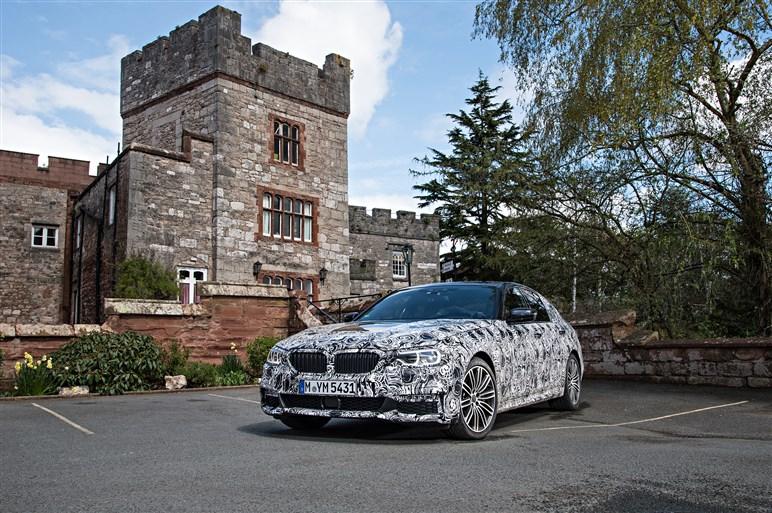 次期BMW 5シリーズ プロトタイプ、開発テスト同行記
