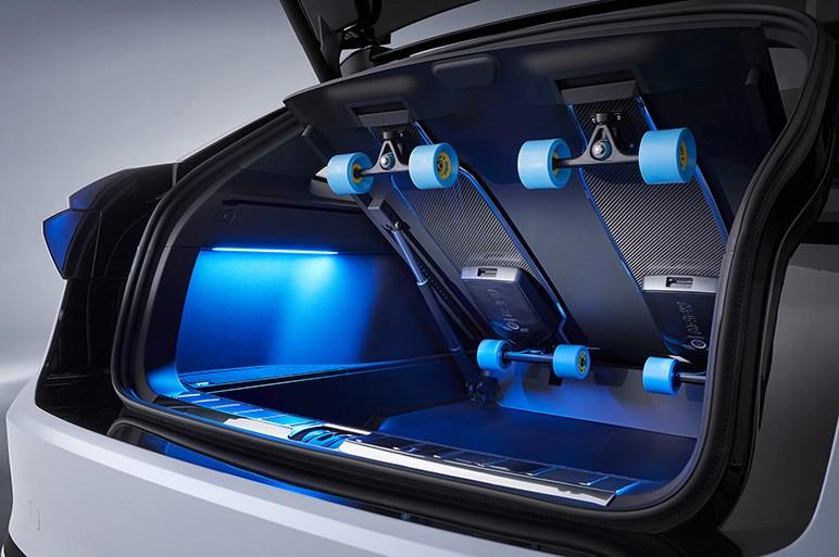 フォルクスワーゲン、新型EV「ID. スペースヴィジョン」を発表。SUVとグランツーリスモのデザインを融合