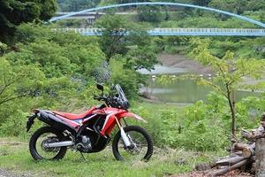 オフロードバイクで林道ツーリングに行きたい! 注意すべきポイントや最低限必要な装備とは?
