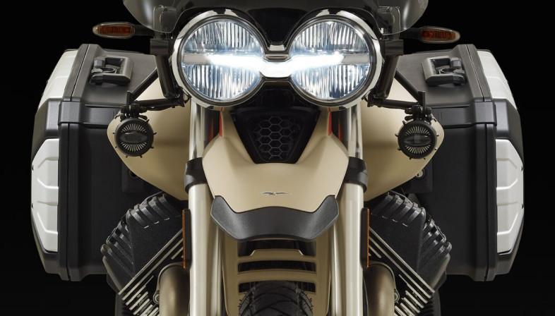 モト・グッツィが新ADVモデル「V85TT Travel」を初公開!人気モデルのグレードアップ版が早くも登場!【EICMA 2019速報!】