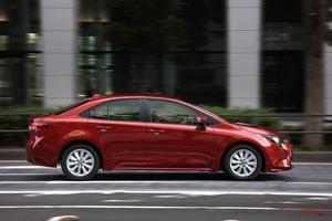 登録車の販売、10月として過去最低 売れたモデル/伸び悩んだモデル