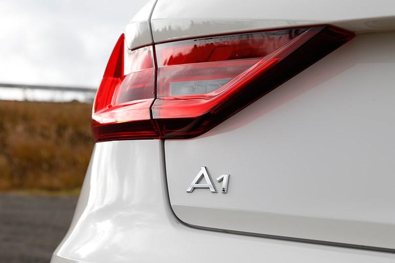 新型アウディA1の1.5Lターボ版は初代よりも簡素でダイレクト感のある走り味