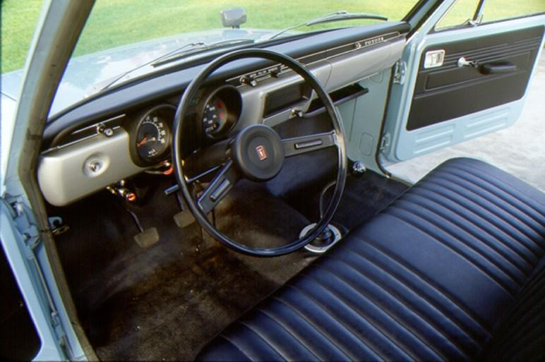 トヨタ ハイラックス誕生50周年。歴代モデルを写真で振り返る