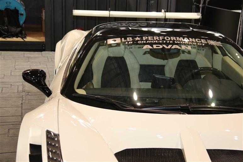 【東京オートサロン2019】世界も注目!日本的カスタム代表、リバティーウォークでシャコタン308GTBを堪能