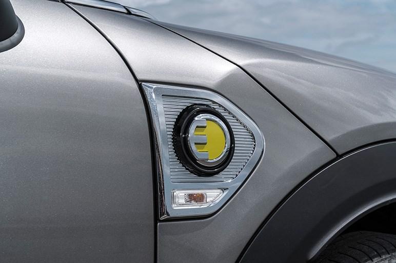 ミニ初のPHEVモデル、クーパー S E カントリーマン ALL4の走りを報告