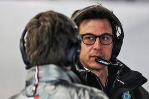 メルセデスF1のウォルフ代表、アストンマーティンで上級職就任の噂を「根拠がない」と否定