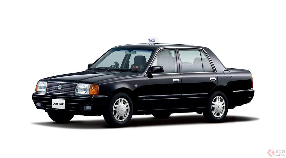なぜタクシーだけ定番装備に? ドアミラーでなくフェンダーミラーが残る理由とは