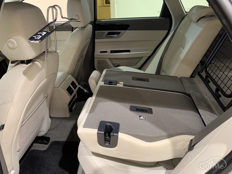 ジャガー XFスポーツブレイクの後部座席は使い勝手と座り心地の良さを両立!