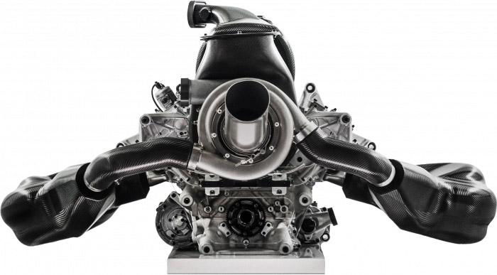 これが次期型GT-R?! デュアル・ハイブリッドを搭載した「インフィニティ Q60」プロトタイプ