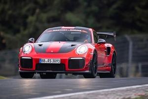 ポルシェ911 GT2 RS MR、ニュル量販車最速ラップ ランボから奪還