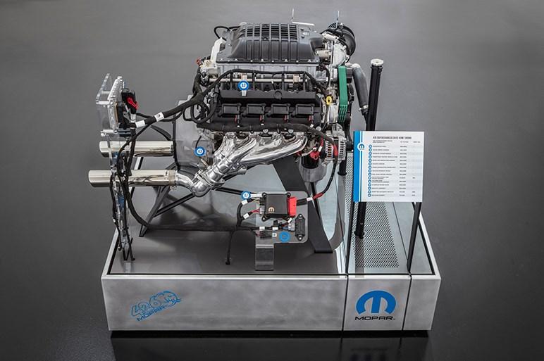クラシックモデルに1000馬力のエンジンを搭載。モンスターマッスルなダッジが見参