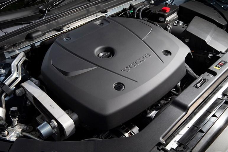 ボルボV60 T5は装備に価値を見出せるならドイツ御三家より確実に買い得