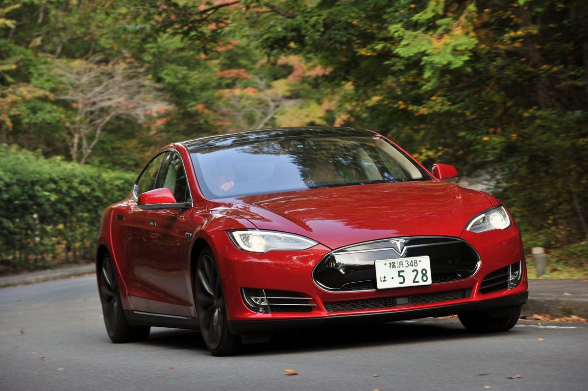 クルマの電動化を望むのはメーカーだけ? 世間で言われるほど売れない電気自動車の行方
