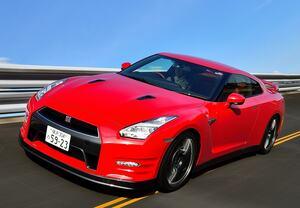 【新事実発覚!!!】なぜ日本では180km/hの速度リミッターが生き残っているのか?