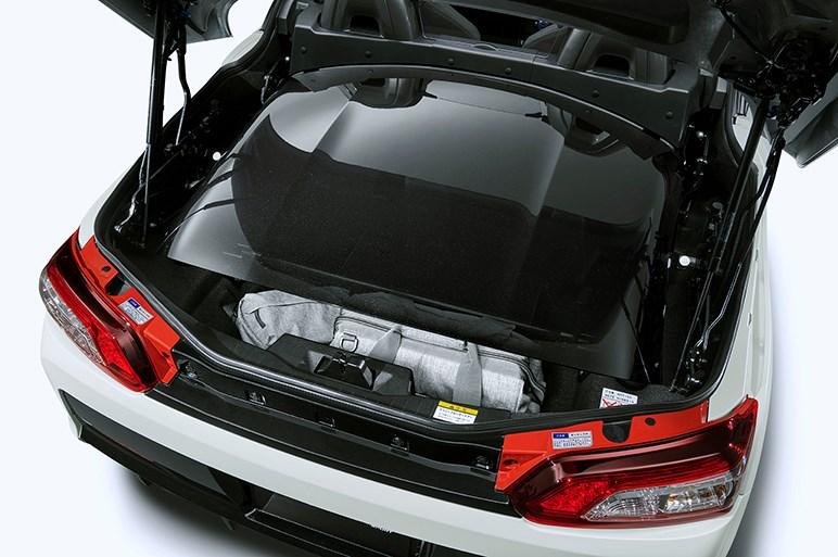 トヨタ、GRシリーズ初の軽オープンスポーツ「コペン GR SPORT」を発売。5MT車は243万5000円