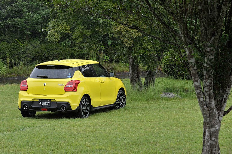 1.4Lターボ搭載、3ナンバーボディに拡大された新型スイフトスポーツ発表