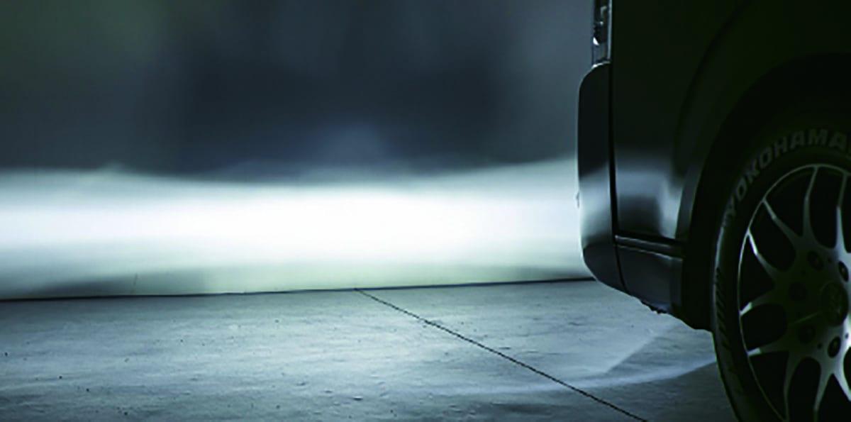 200ハイエースのフォグをハロゲンからLEDへ! 色変え簡単のヴァレンティ製フォグバルブ