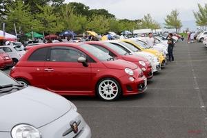 フィアット500/欧州フォードが集合 ユニルオパール5周年ミーティング 1000台以上が参加