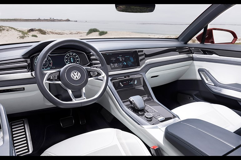 大型SUV・VWアトラスのクーペ&ピックアップの試作モデルに乗った