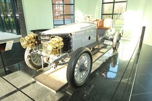 100年以上の歴史を持つ名機 直6エンジンの技術と歴史を振り返る