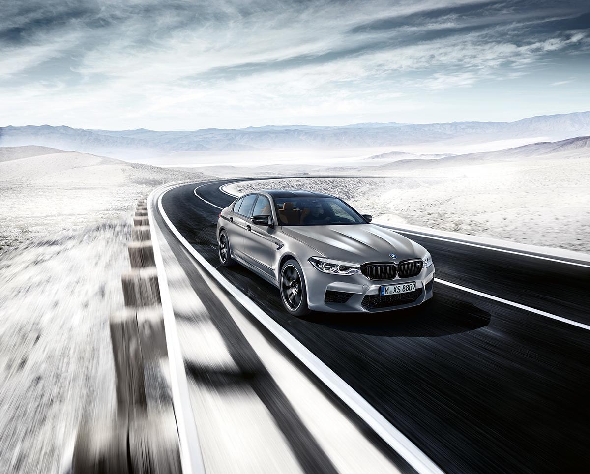 0-100km/h加速3.3秒! サーキット走行で本領発揮するBMW M5コンペティション登場