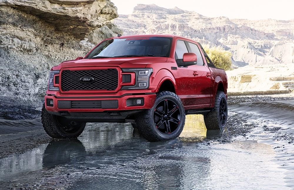 フォード、SEMAショーにF-150やマスタングのカスタマイズドカーなど50台以上を大量投入