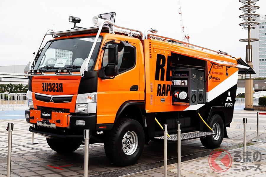 緊急時にはトランスフォーム?  三菱ふそう「キャンター」の救援車両がカッコいい!