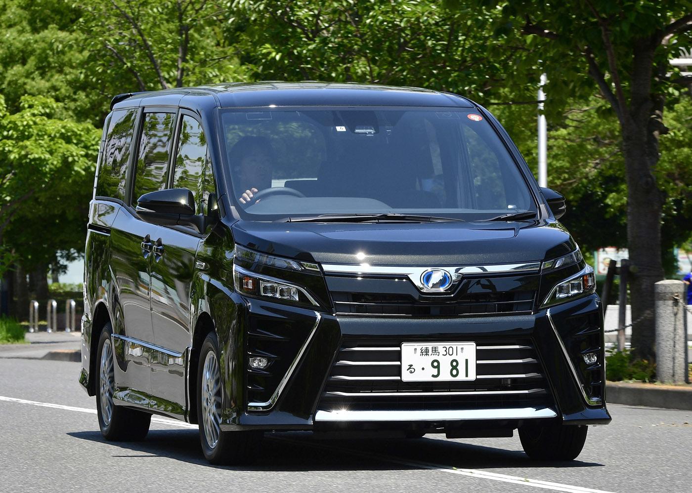 トヨタヴィッツ、ヴォクシー、ホンダN-VAN、マツダCX-3新型車情報続々入荷