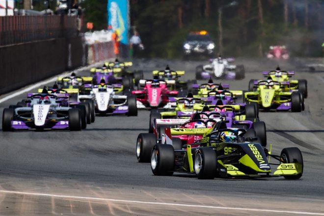「フェラーリは女性ドライバーの機会を後押ししている」とWシリーズCEOが育成計画を支持