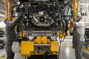 厳格な衛生管理を導入したベントレー、5月11日からベンテイガとミュルザンヌの生産を再開