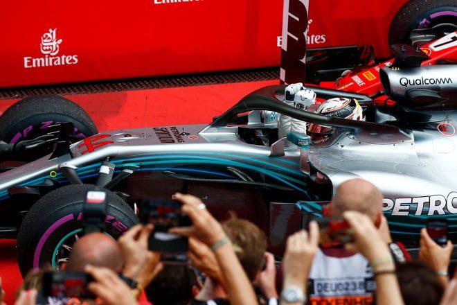 F1ドイツGP決勝:難コンディションを制したハミルトンが逆転勝利、ハートレーも10位入賞