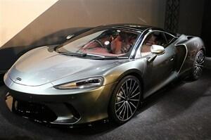 GT+スーパーカーの二刀流、「マクラーレン GT」が国内参上