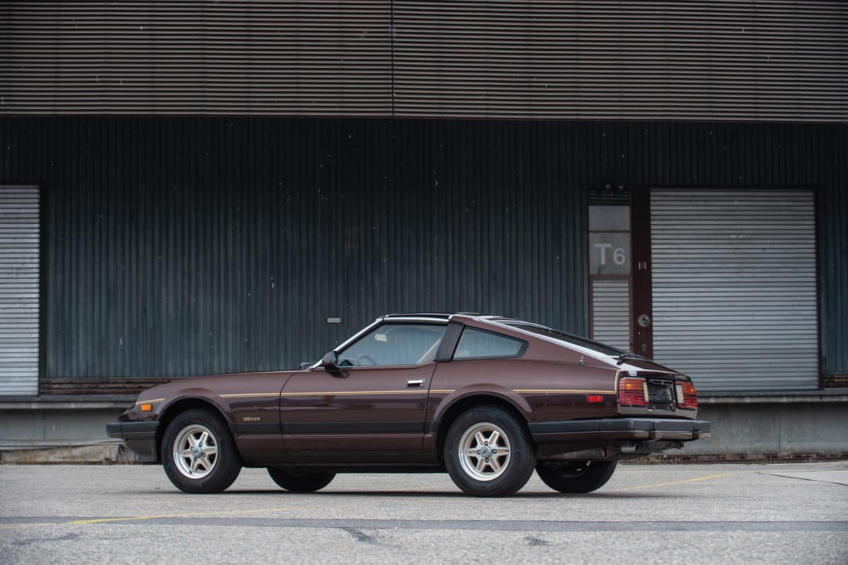 新車のようなフェアレディZがオークションに登場! 個人コレクターが出品した国産車7選