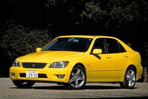 【平成を彩ったクルマたち(10)】待望のFRスポーツセダン、アルテッツァが登場した平成10年、軽自動車は新規格に