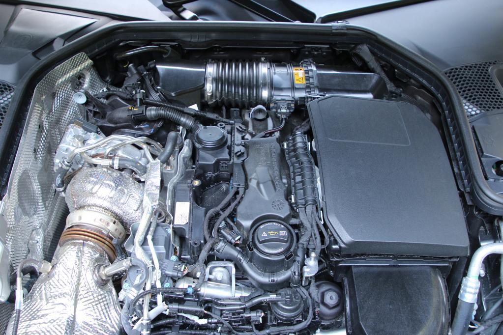 新型メルセデス・ベンツCクラスのパワートレインはガソリンBSGもディーゼルもやはり充実していた