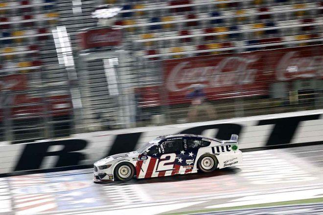 "NASCAR:シリーズ最長""コカ・コーラ600""はケゼロウスキー優勝。フォードが2002年以来の大会制覇"